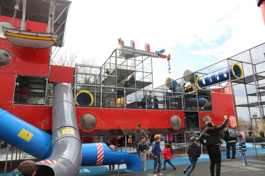 legoland playground