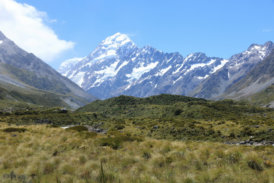 Mount Cook, Hooker Valley Track