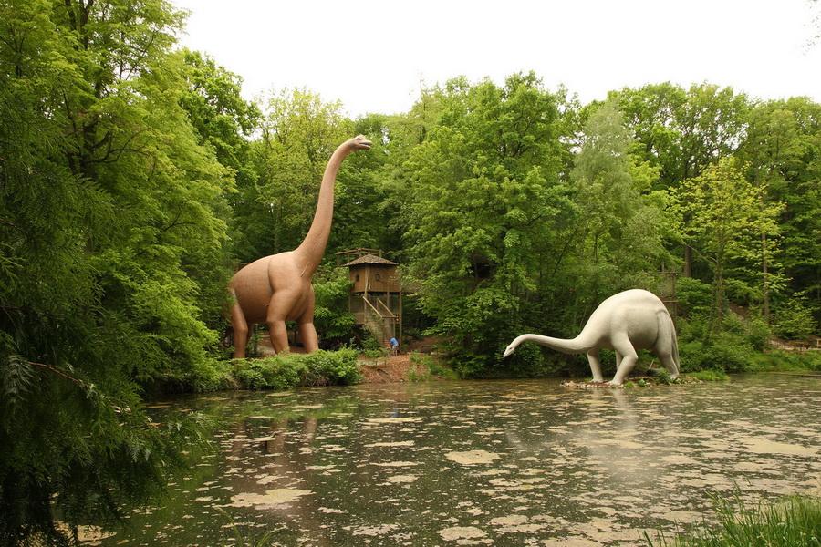 Saurierpark брахиозавр и диплодок