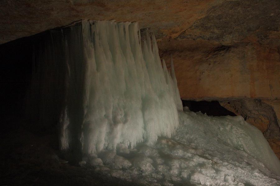 Ледяные пещеры Криппенштайна