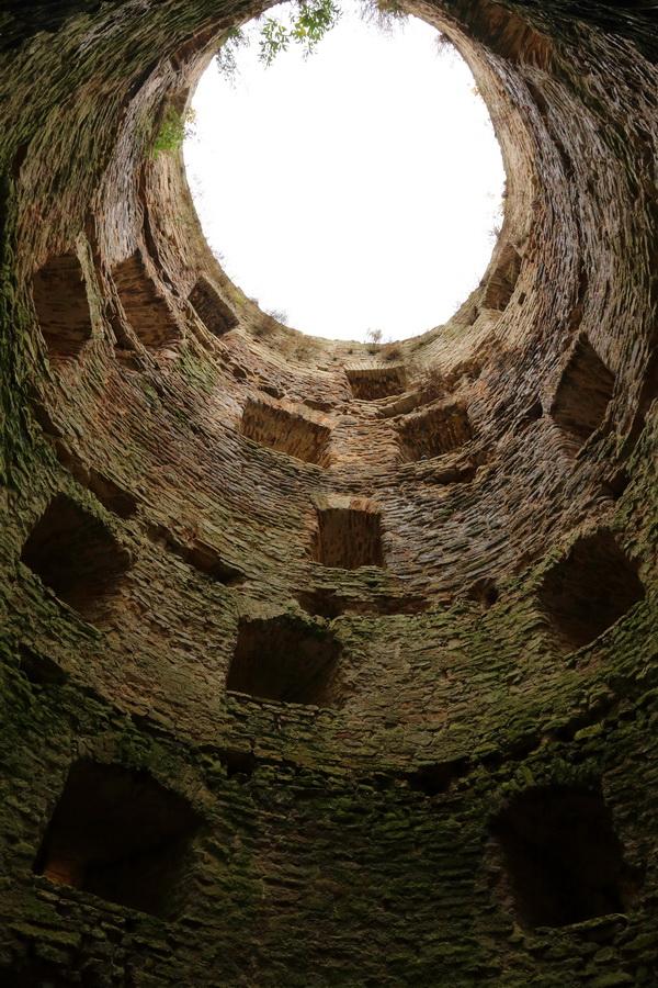 Изборская крепость, башня Рябиновка