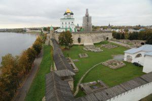 Псковский Кремль, Довмонтов город